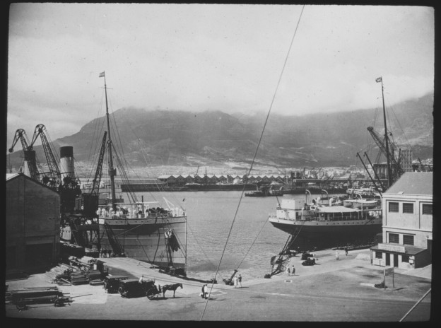 Cape Town harbour, twenties?