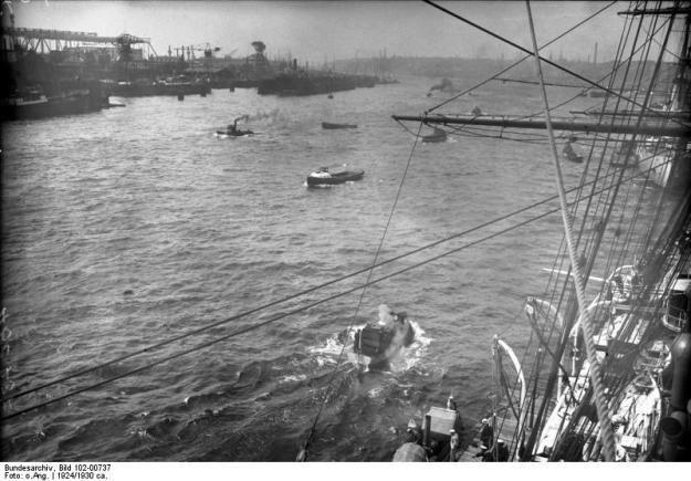 Blohm & Voss, Hafen Hamburg, 1924