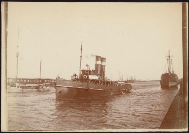 tug James Paterson 1902