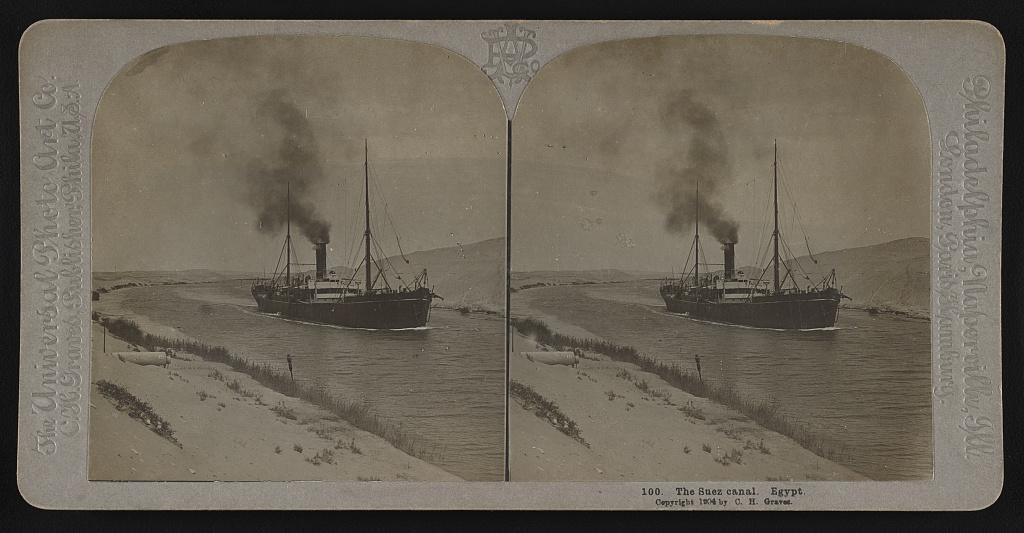 steam ship in Suez canal 1904