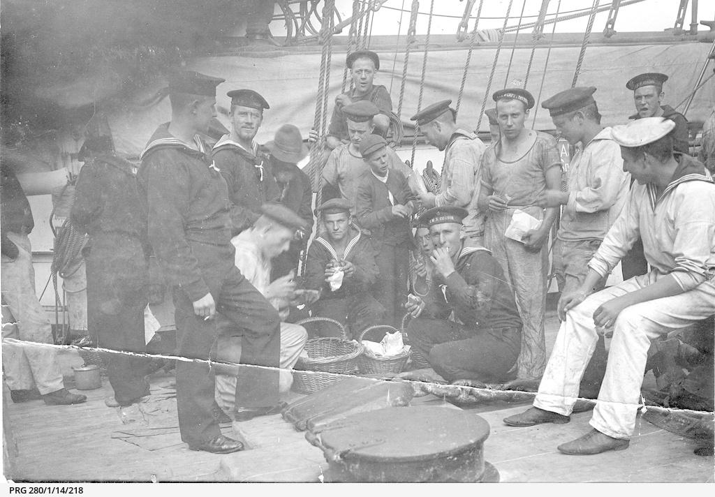 Condor, 1912, sailors on deck
