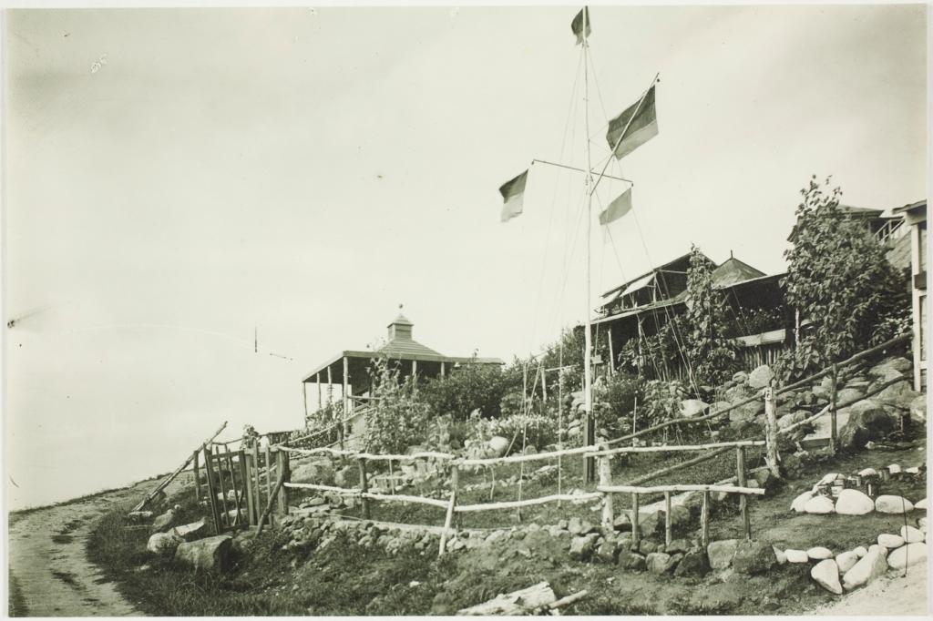 Trial Bay 1914-1918, beach
