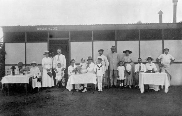 Beckers Küche, um 1916